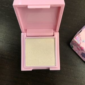 Other - Wink Luxe Highlighter